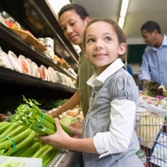 Family shopping. Credit Food Research & Action Center