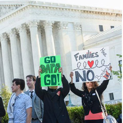 Supreme Court Halts Immigration Deferred Action