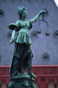 Picture of a statue of blind justice