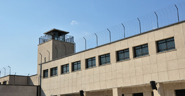 States Are Prioritizing Prisons Over >> Justice Reinvestment States Tackle Prison Reform