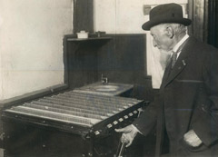 Picture of Man Voting in Denver 1912